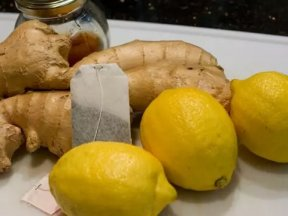 暖宮少痛經!女人每天喝一杯...美白排毒瘦10斤,竟然只要在檸檬裡加上「它」!